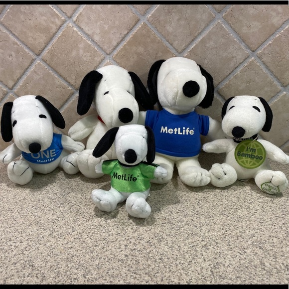 Lot of 5 MetLife plush Snoopy